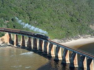 dangerous-railway-route-marathipizza07
