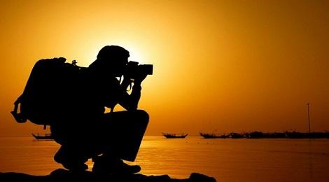 dslr-camera-marathipizza00