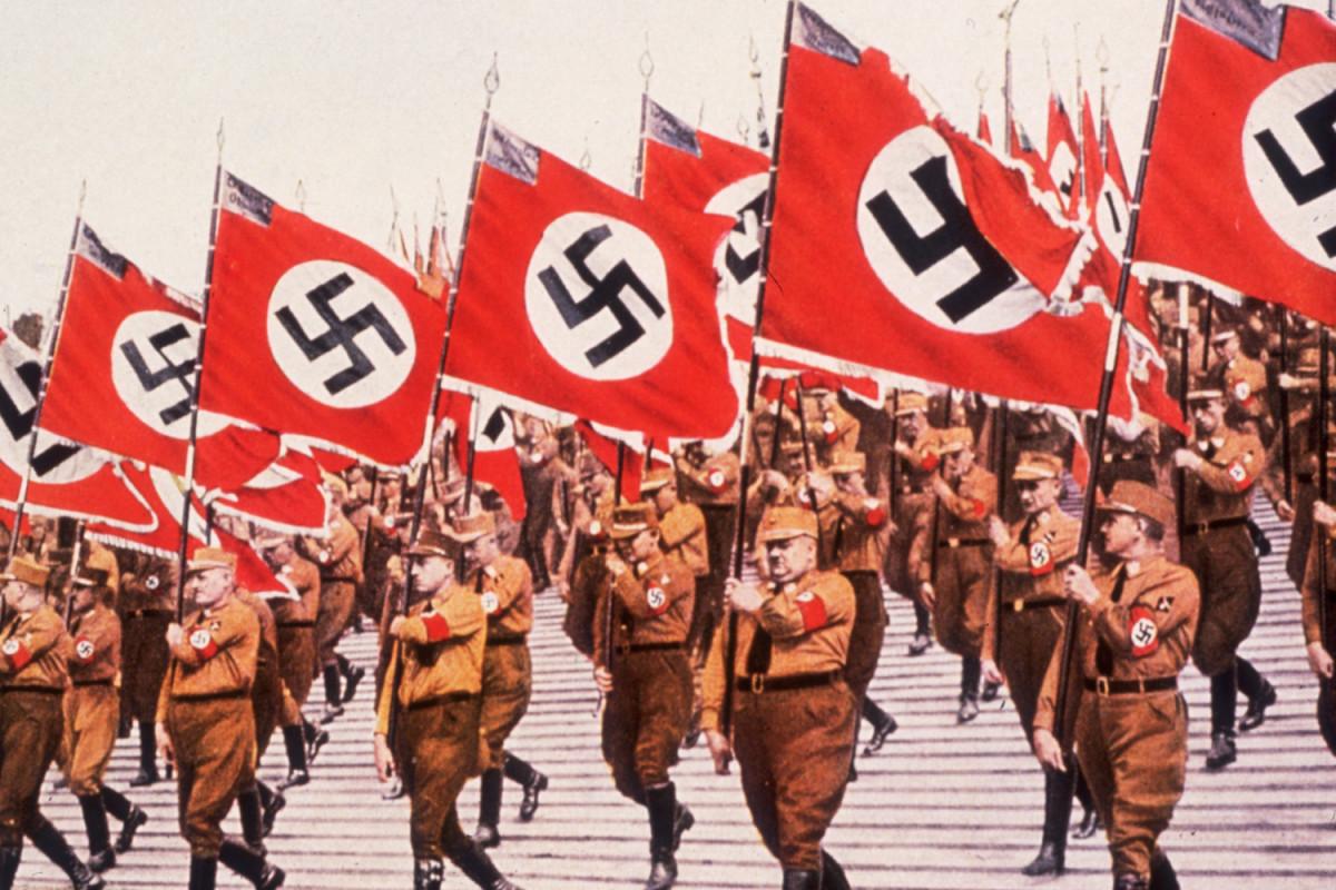 nazi-swastik-marathipizza01