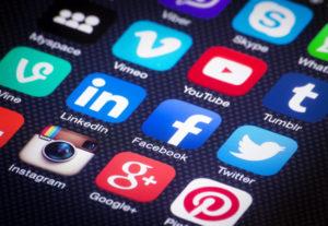 social-media-marathipizza