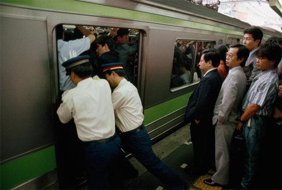 tokyo-train-marathipizza05