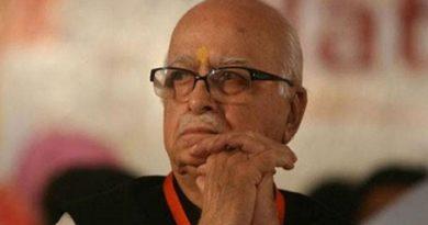 L.K.advani-marathipizza00
