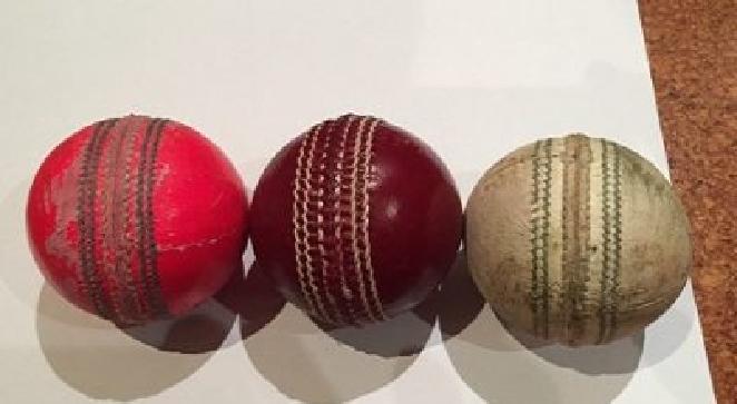 cricket balls inmarathi