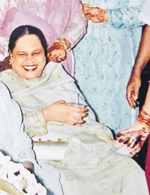 haseena-parkar-marathipizza03
