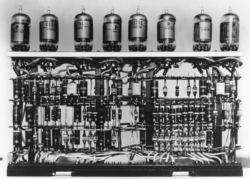 vacuum_tubes-marathipizza