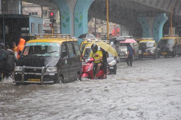 mumbai-rain-marathipizza