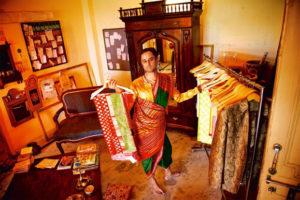 Himanshu saree man.marathipizza