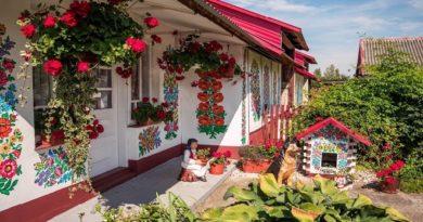 Zalipie-Village-inmarathi