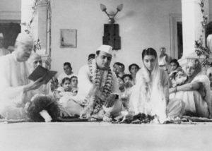 indira surname gandhi why.marathipizza1