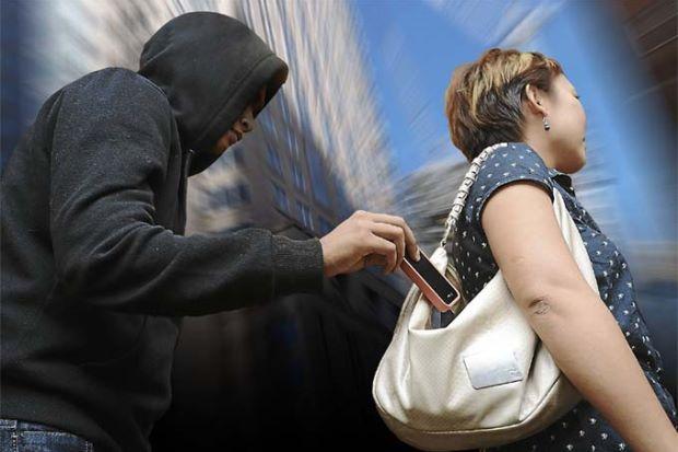 phone-theft-marathipizza011