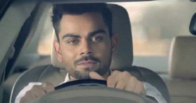 virat_kohli_driving_car InMarathi
