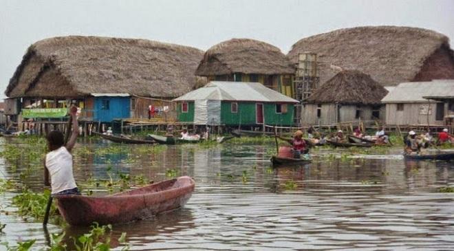 Ganvie Lake Village01-marathipizza