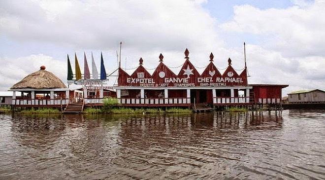 Ganvie Lake Village04-marathipizza