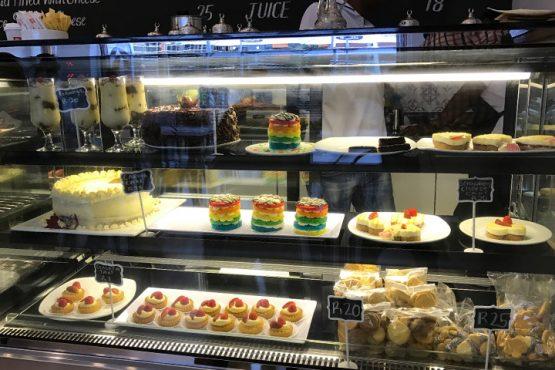 bakery-in-mall-inmarathi