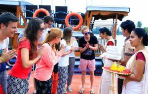 indian attraction.marathipizza7