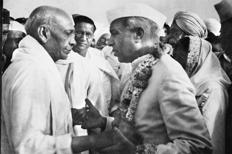 Brife History Pandit Nehru InMarathi 15