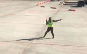 airport-worker-dance-inmarathi