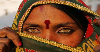 rajsthan-woman