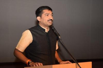 IAS Officers.Inmarathi