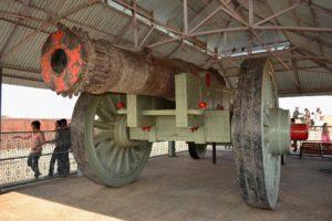 jaygadh-cannon-inmarathi06