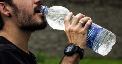 plastic water bottles 4 InMarathi