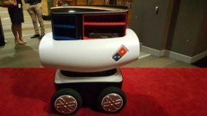 robot-waiter-inmarathi05