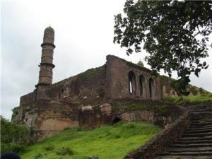 Asirgarh fort and ashwathama story.Inmarathi1