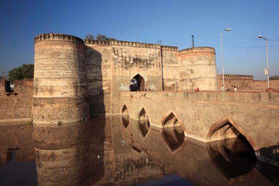 lohagarh-fort-bharatpur-inmarathi