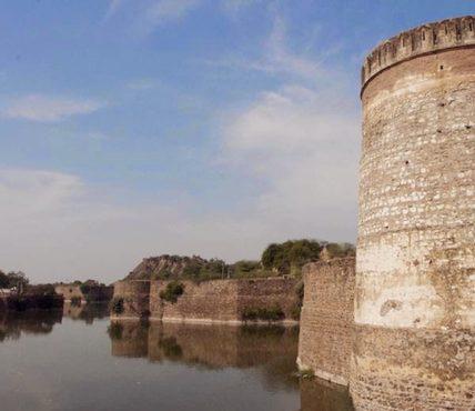 lohagarh-fort-bharatpur-inmarathi09