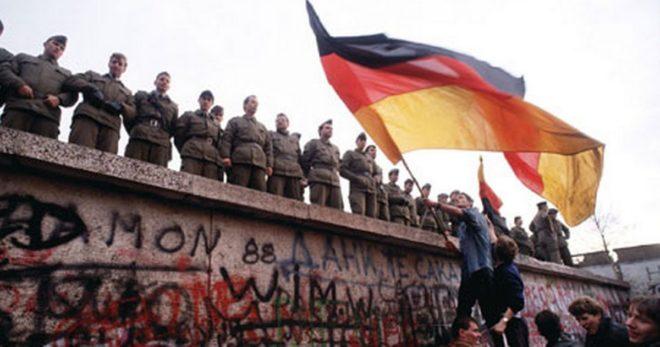 Berlin Wall.Inmarathi2