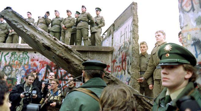 Berlin Wall.Inmarathi4