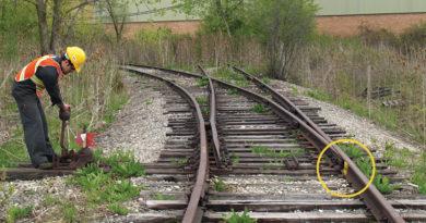 train-tracks-inmarathi03