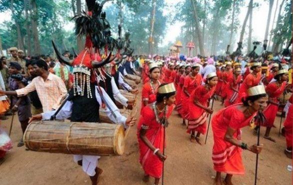 valentine day bastar tribe-inmarathi02