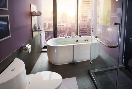 Hotel-bathtub-inmarathi02