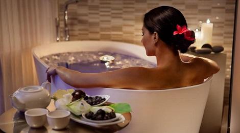 Hotel-bathtub-inmarathi05