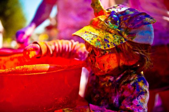 holi-festival-photos-inmarathi03