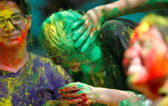 holi-festival-photos-inmarathi05