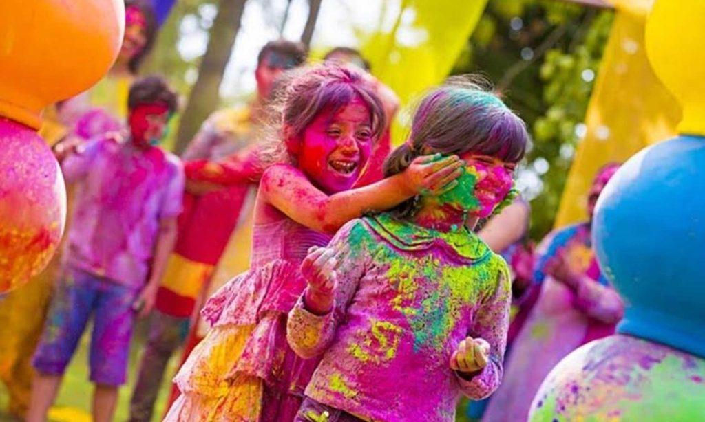 holi-festival-photos-inmarathi08