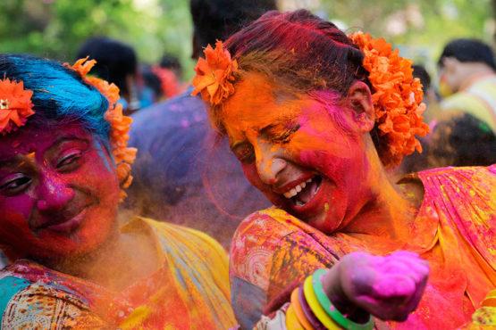 holi-festival-photos-inmarathi09