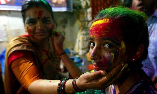holi-festival-photos-inmarathi12