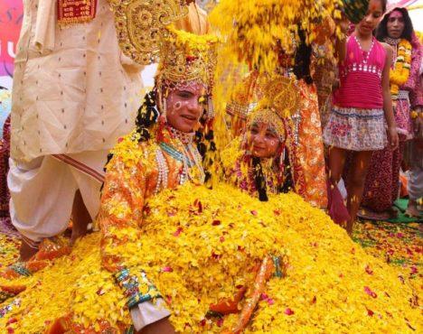 holi-festival-photos-inmarathi14
