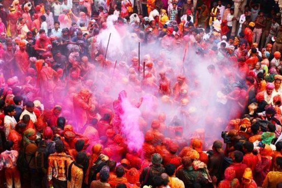 holi-festival-photos-inmarathi19