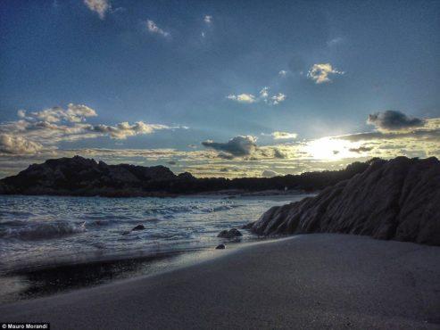 mauro-budelli-island-inmarathi03
