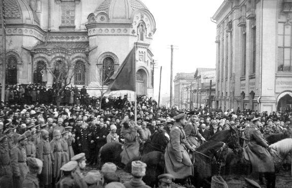 russian-revolution-inmarathi