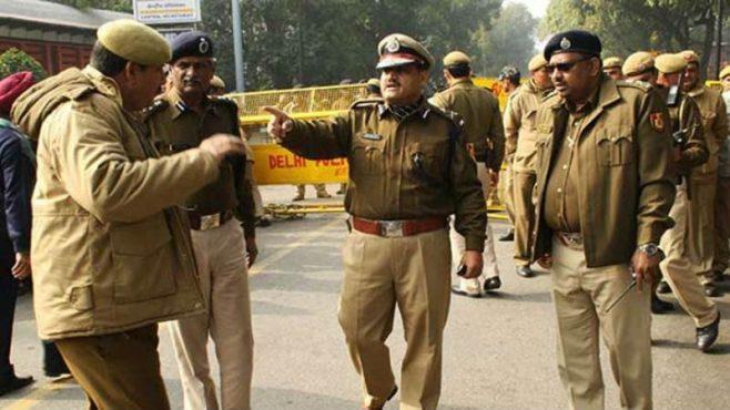 delhi police-inmarathi03
