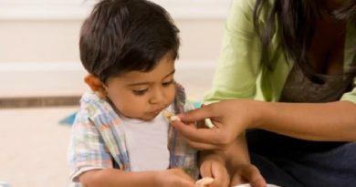 kid-healthy-food-inmarathi