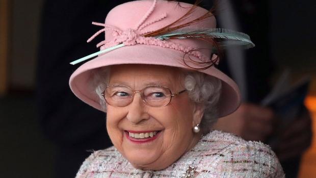 queen-elezabeth-inmarathi