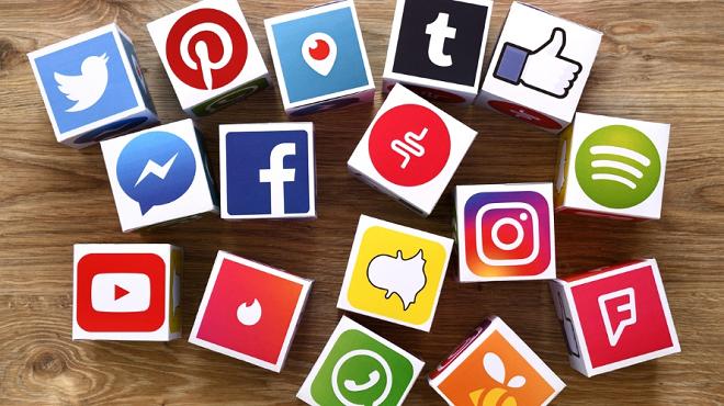 social media platforms inmarathi