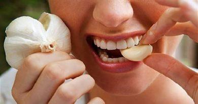 eating garlic inmarathi