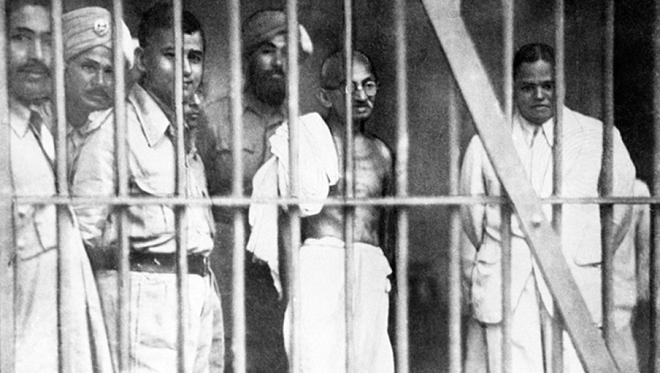 gandhi in prison inmarathi